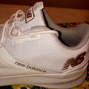 New Balance Shoes - New Balance white sneakers shoes size 11
